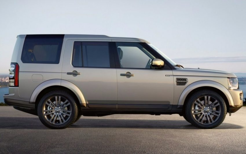 2016_landrover_discovery_graphite_02-1023-930x584