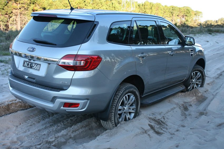 2016 Ford Everest Trend in sand - FORD EVEREST REVIEW