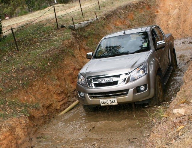 2016-isuzu-ute-d-max-ls-u-review-004