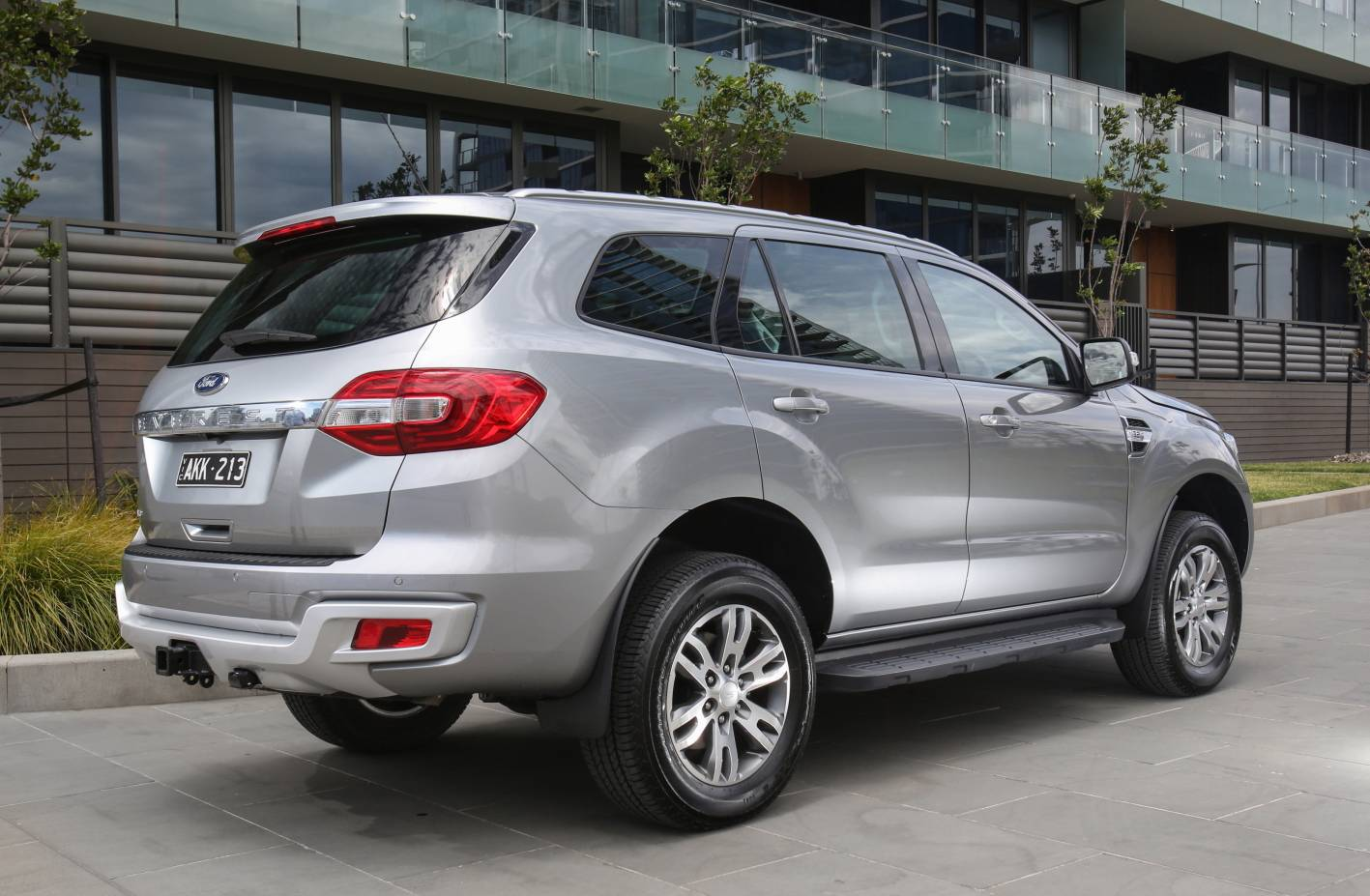 2017 ford everest ambiente rwd